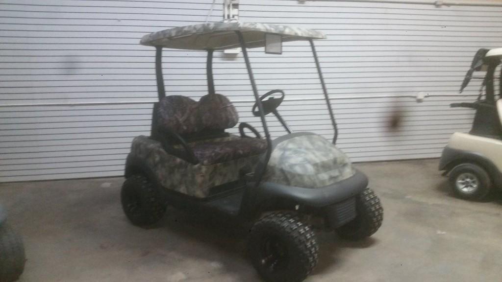 2007 Club Car lifted golf cart