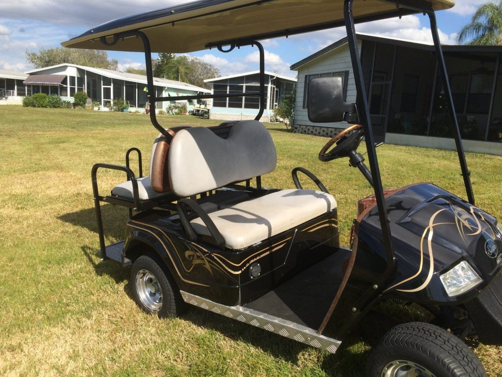 Golf Cart   2009 STAR Four Passenger