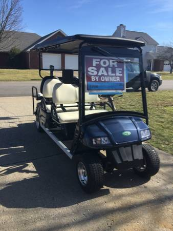 2010 E-Z-GO Zone Electric Gold Cart