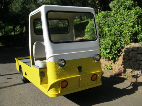 Taylor Dunn Electric Powered Cart / 3 Wheel Burden Carrier for sale