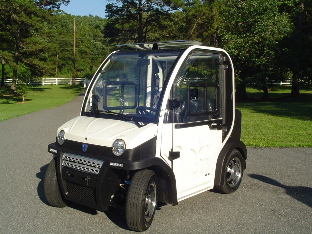 "2014 Massimo ""Urbee"" Electric Car"
