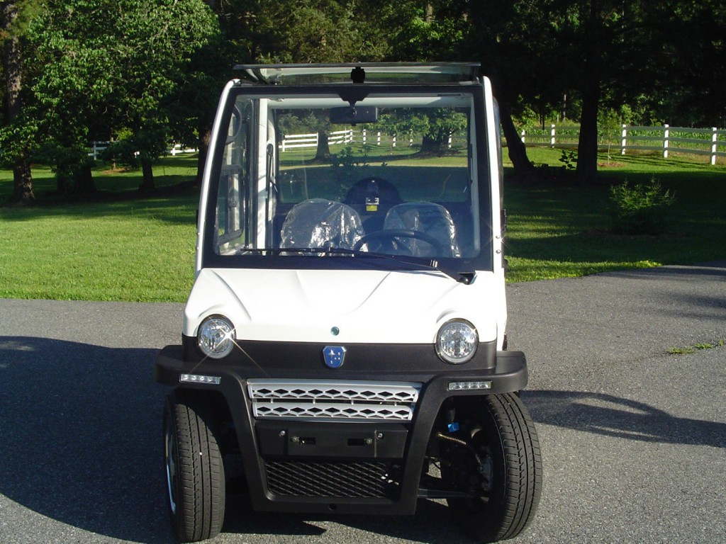 "2014 Massimo ""Urbee"" Electric Car"