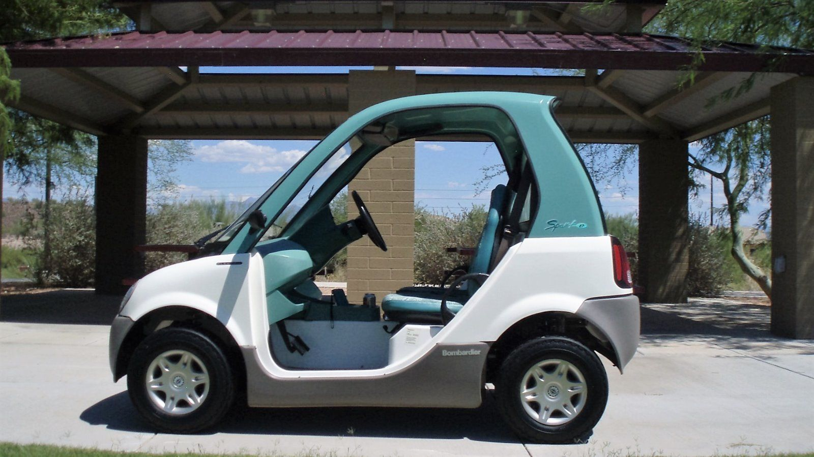 Ezgo Electric Golf Cart >> Bombardier NEV Golf Cart for sale