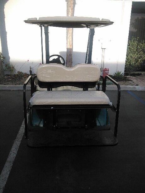 four passenger 2010 Yamaha drive golf cart