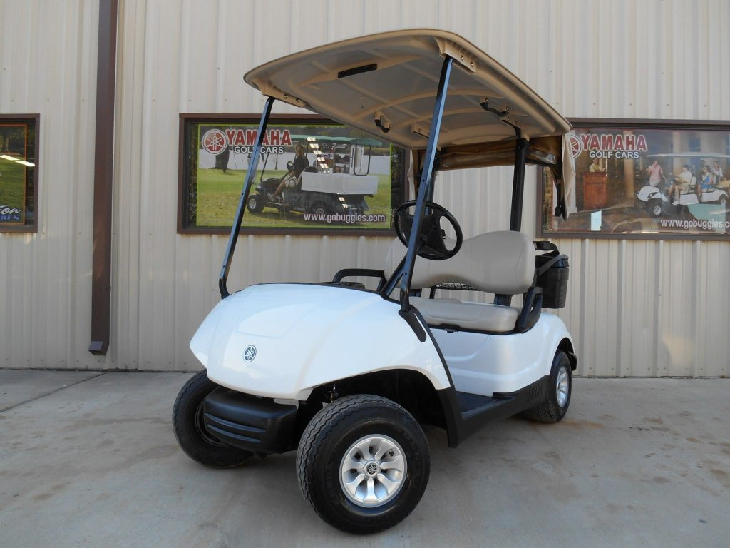 clean 2016 Yamaha Drive 48V Electric Golf Car