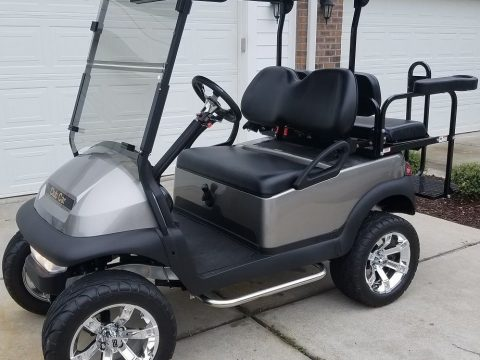 mint 2016 Club Car Precedent GAS Golf Cart for sale