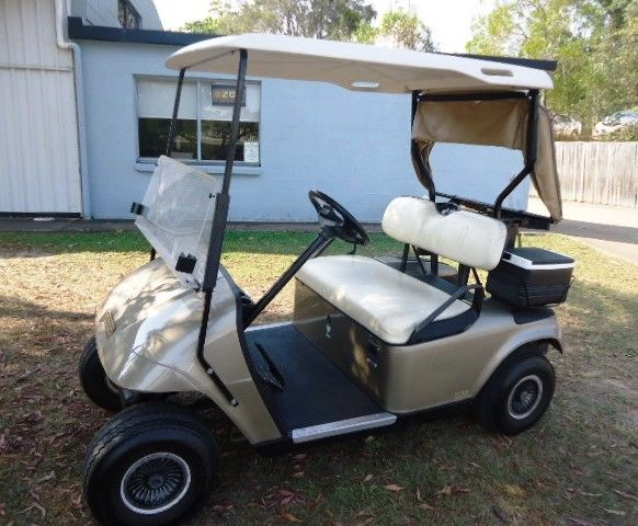 great shape 2007 EZGO electric golf cart
