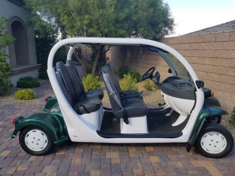 immaculate 2011 GEM E4 Polaris golf cart for sale