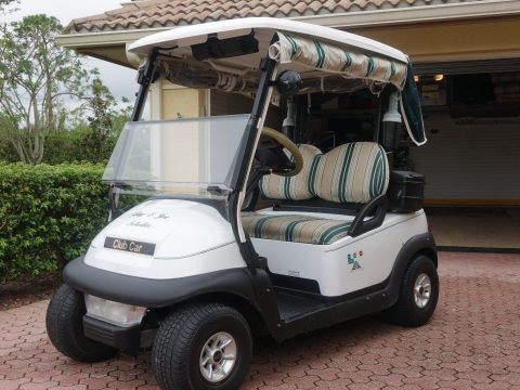Lightly used 2006 Club Car Precedent golf cart for sale