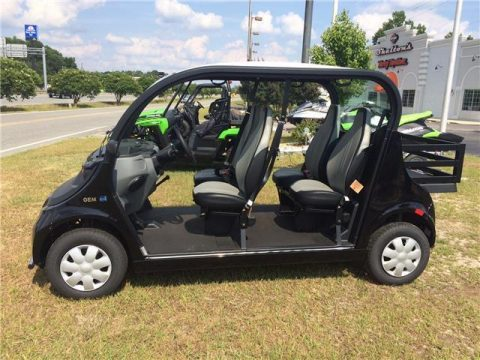 very nice 2016 GEM E4 golf cart for sale