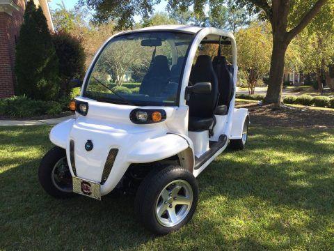 excellent 2013 Polaris GEM golf cart for sale