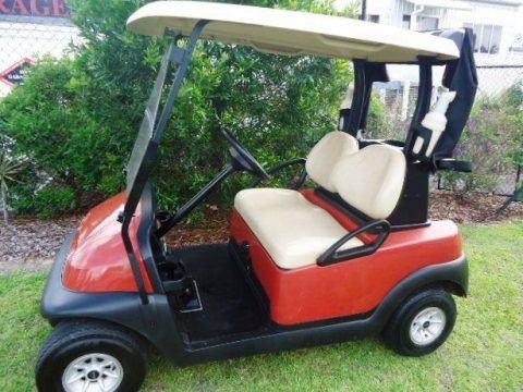 excellent condition 2014 Club Car Precedent golf cart for sale