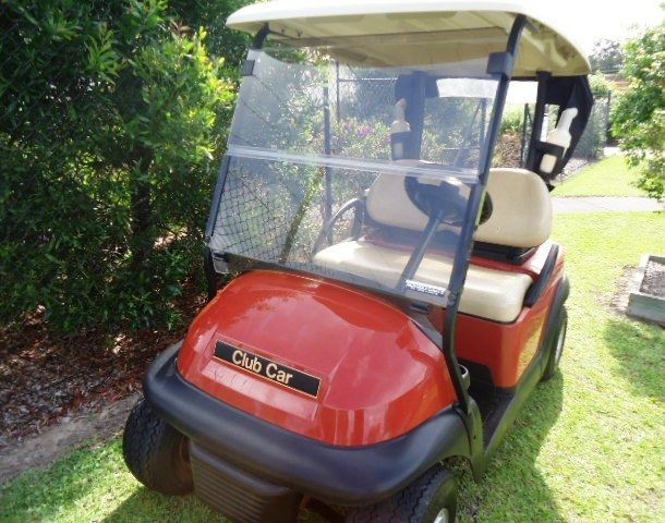 excellent condition 2014 Club Car Precedent golf cart