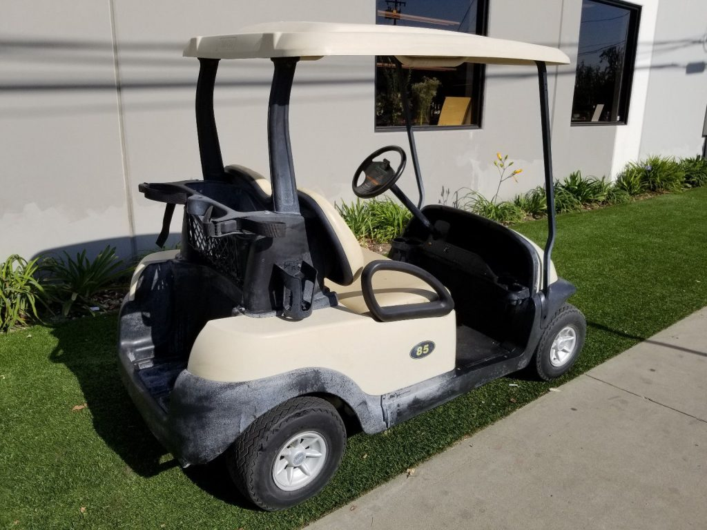 great condition 2011 Club Car golf cart