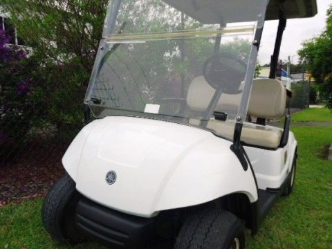 Excellent Condition 2013 Yamaha YDRA golf cart for sale
