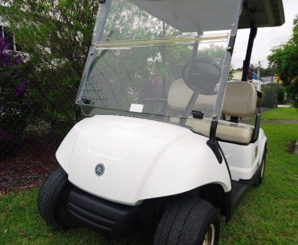 Excellent Condition 2013 Yamaha YDRA golf cart