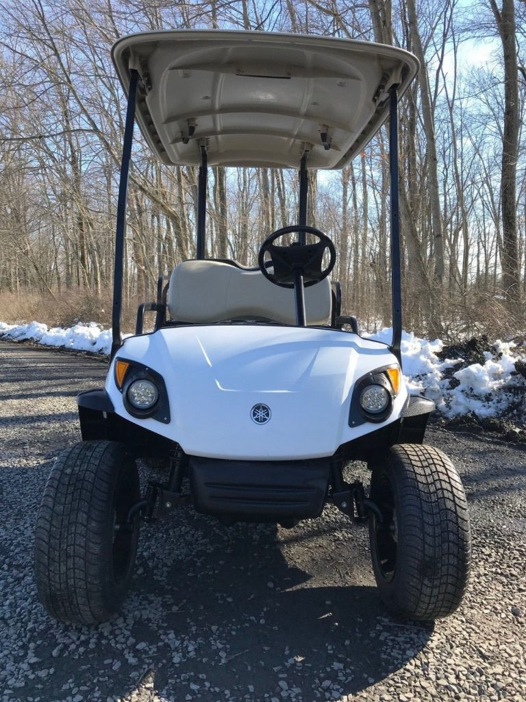 lifted 2010 Yamaha G29 Drive Gas Golf Cart