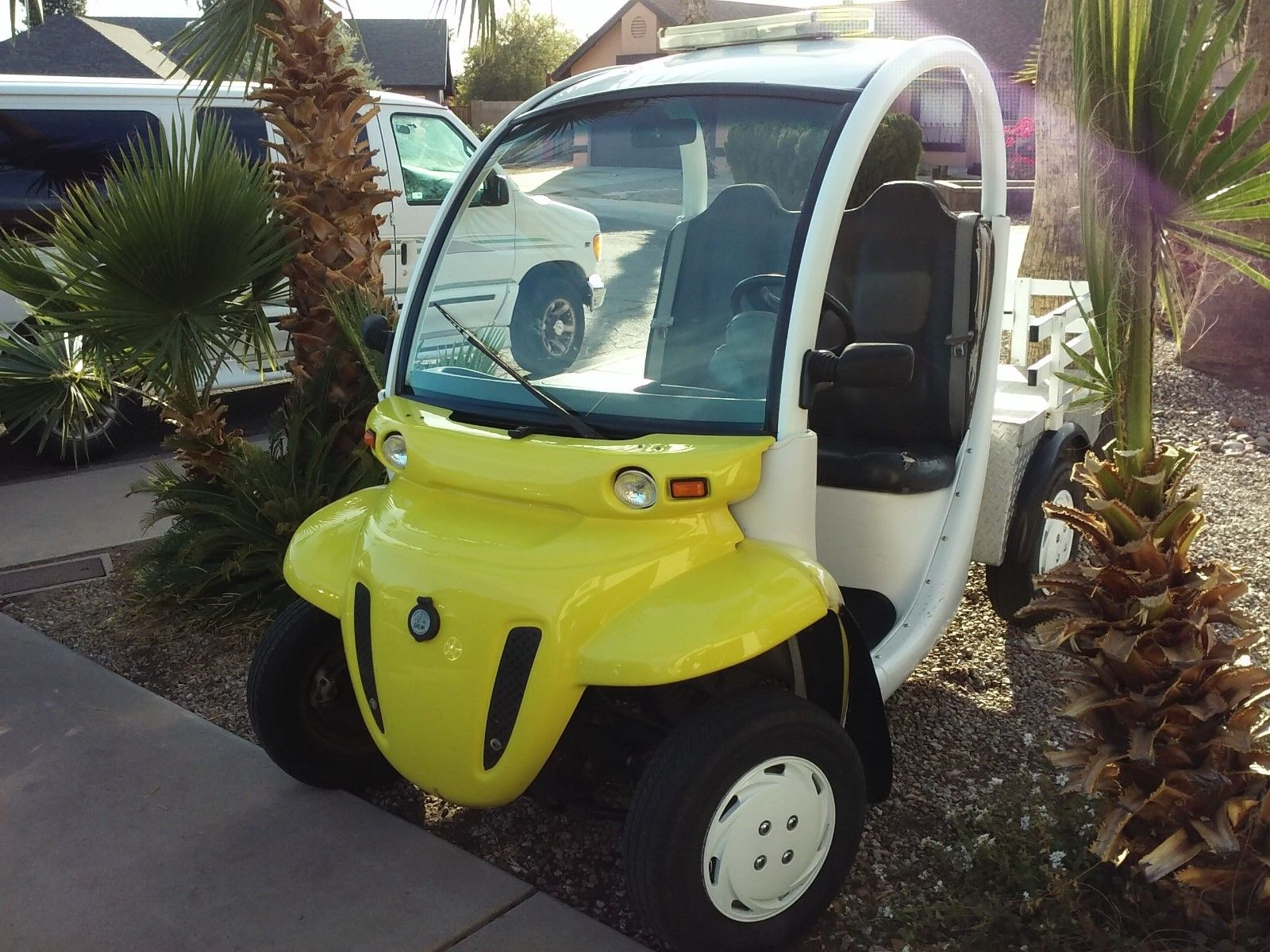 new batteries 2007 GEM E S Electric Golf Cart for sale