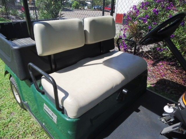 excellent shape 2014 Yamaha Adventurer golf cart