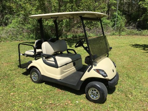 Very nice 2015 Yamaha 48v Electric Golf Cart for sale