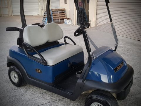 almost unused 2016 Club Car golf cart for sale