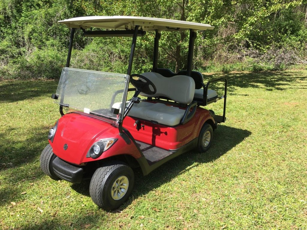 near mint 2016 Yamaha G29 Gas Golf Cart