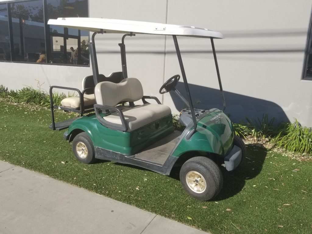 battery powered Green 2010 Yamaha Drive golf cart