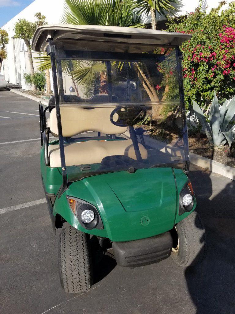 good condition 2010 Yamaha Drive 48 Volt Golf Cart