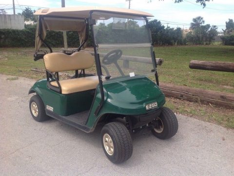 good condition 2016 EZGO golf cart for sale