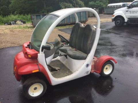 good shape 2002 Gem Two Passenger Golf Cart for sale