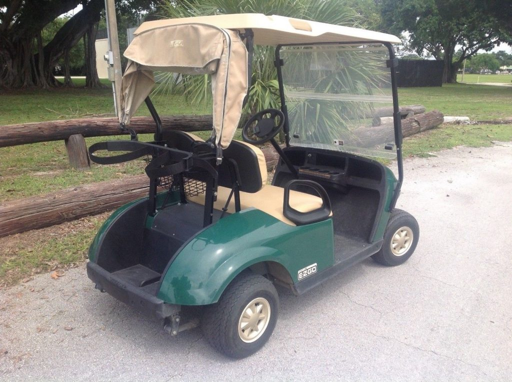 very nice 2016 EZGO golf cart