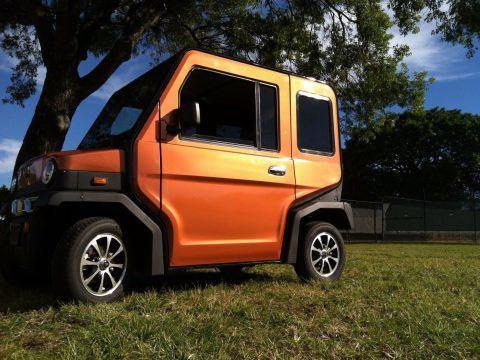 great shape 2017 Revolution 4 golf cart for sale