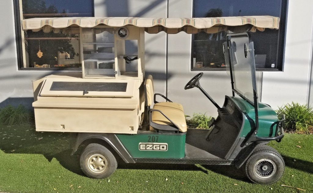 Beverage carrier 2008 EZGO Golf Cart