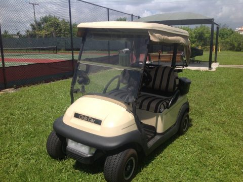 drives good 2005 Club Car Precedent golf cart for sale