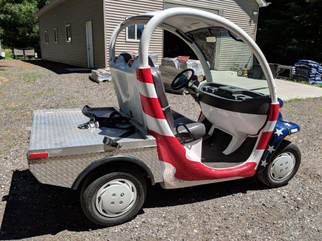 great running 2002 GEM E825 golf cart