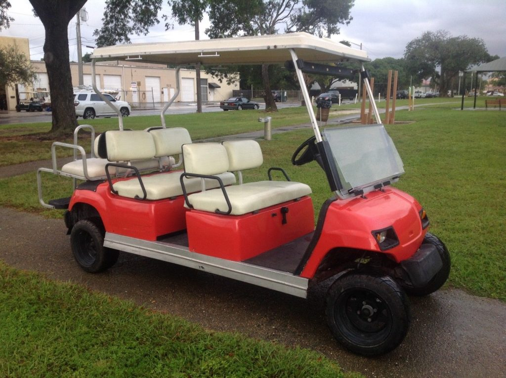 lifted 2006 Yamaha 6 Passenger limo golf cart
