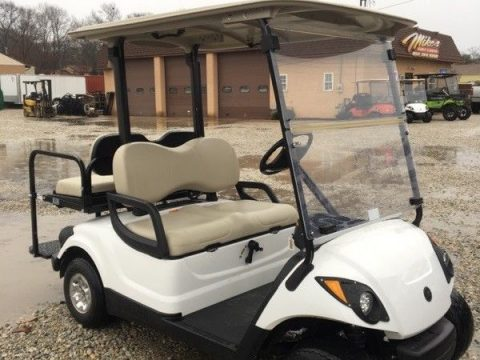 excellent shape 2011 Yamaha Drive golf cart for sale