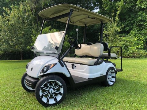 Fuel Injected 2014 Yamaha Drive Gas Golf Cart for sale