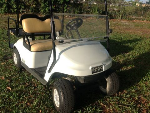 good shape 2015 EZGO 48v golf cart for sale
