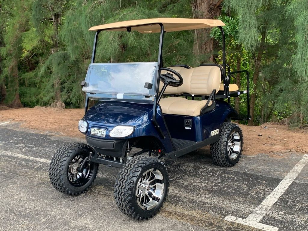 very nice 2017 EZGO golf cart