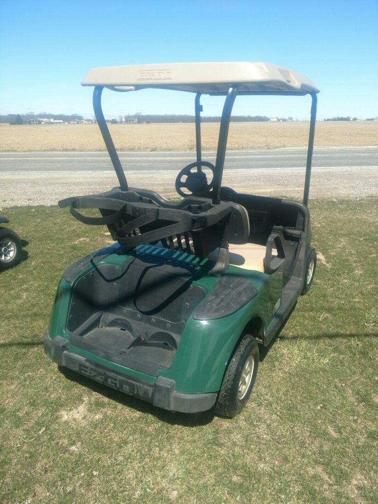 nice 2008 EZGO RXV Electric golf cart