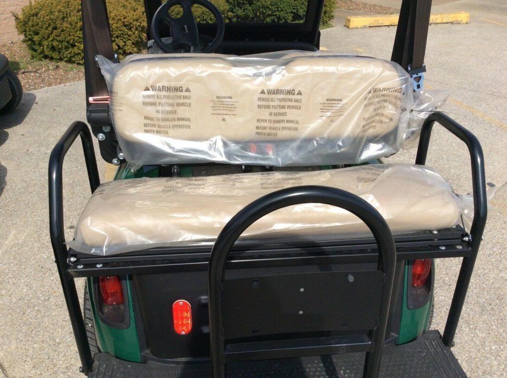 well equipped 2018 EZGO Golf Cart
