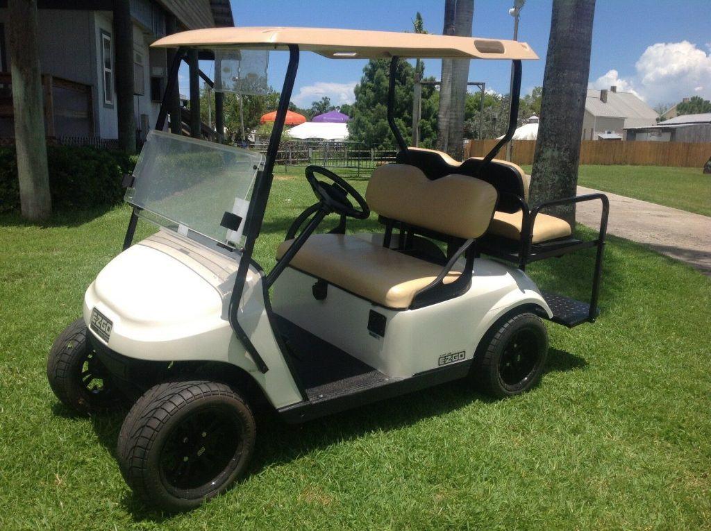 nice 2014 EZGO golf cart