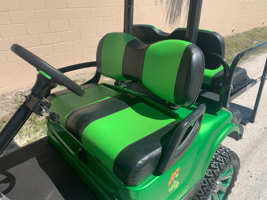 runs perfect 2015 Yamaha Golf Cart