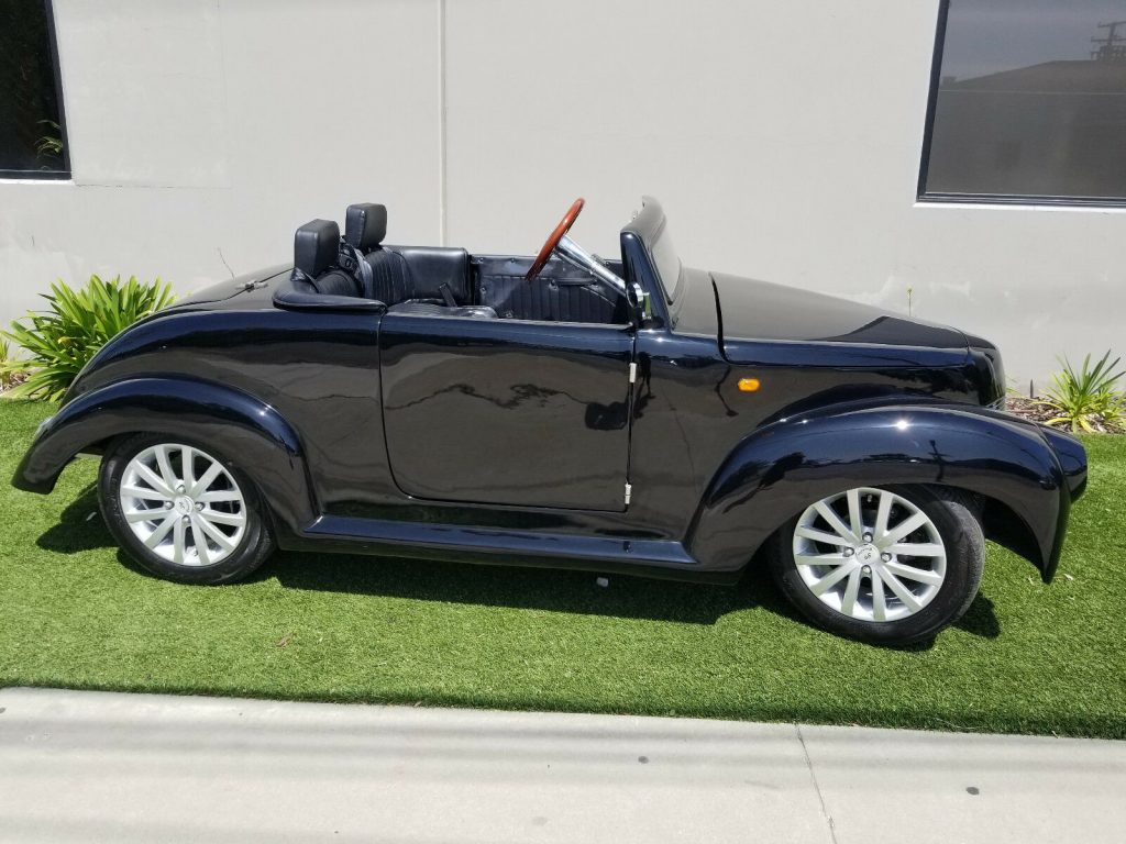 very nice 2017 ACG 39 Roadster golf cart