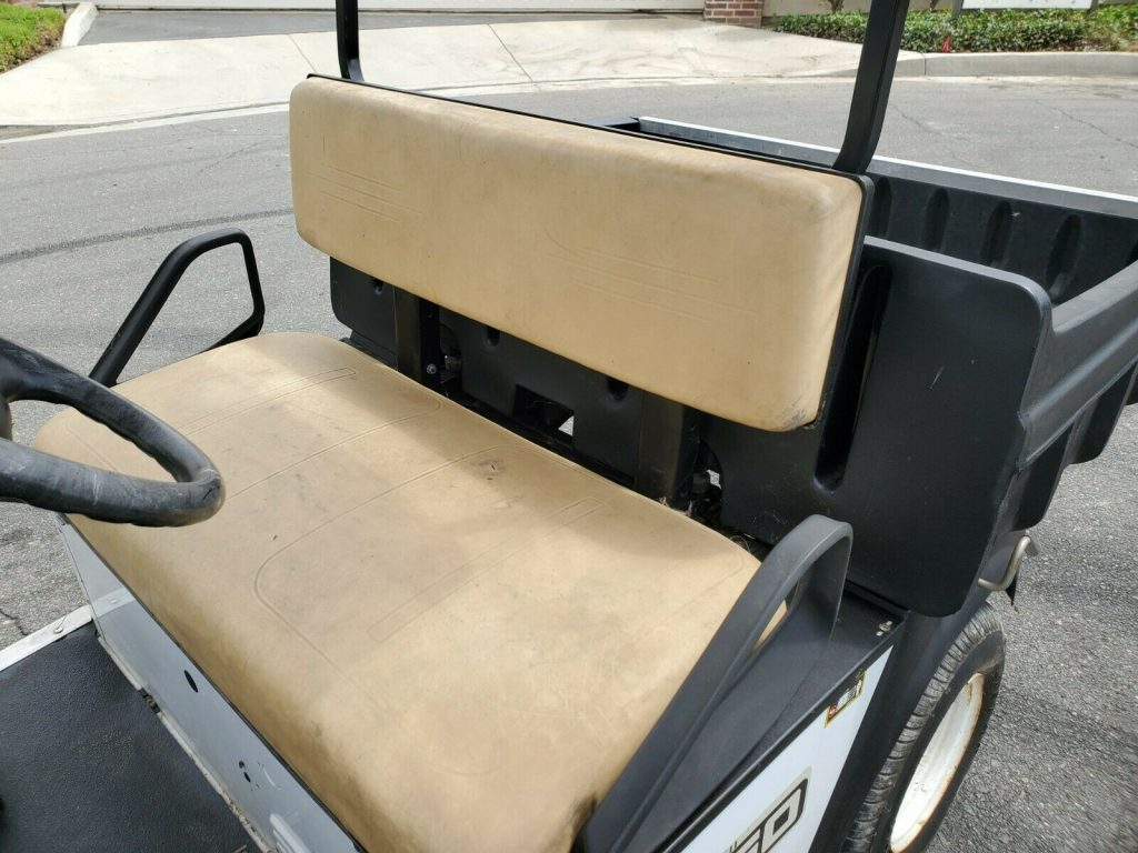 utility 2011 EZGO Dump Box Trunk Golf Cart