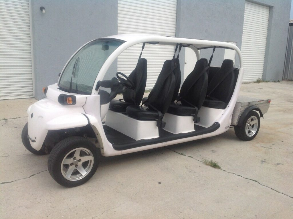 great shape 2015 Polaris Gem E6 Utility golf cart