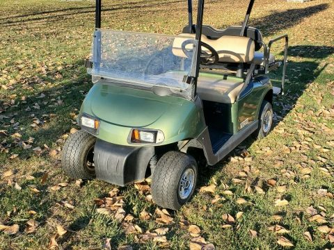 very nice 2016 EZGO RXV Golf Cart for sale