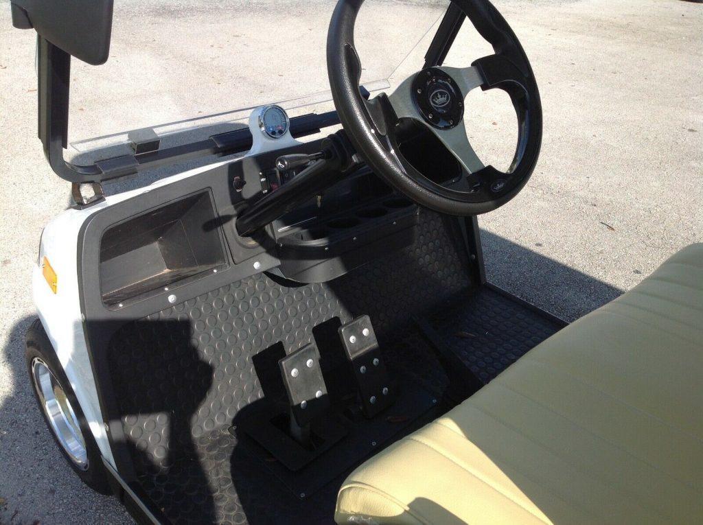 Limousine 2019 Evolution golf cart