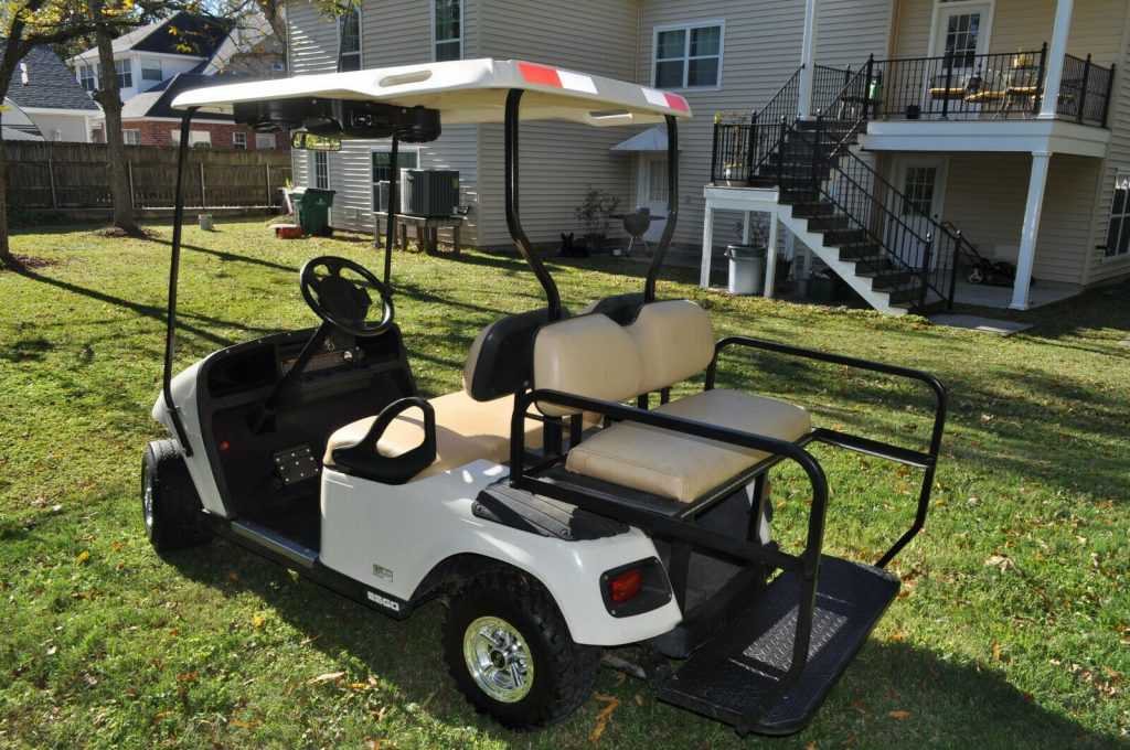 beautiful 2013 EZGO Golf Cart